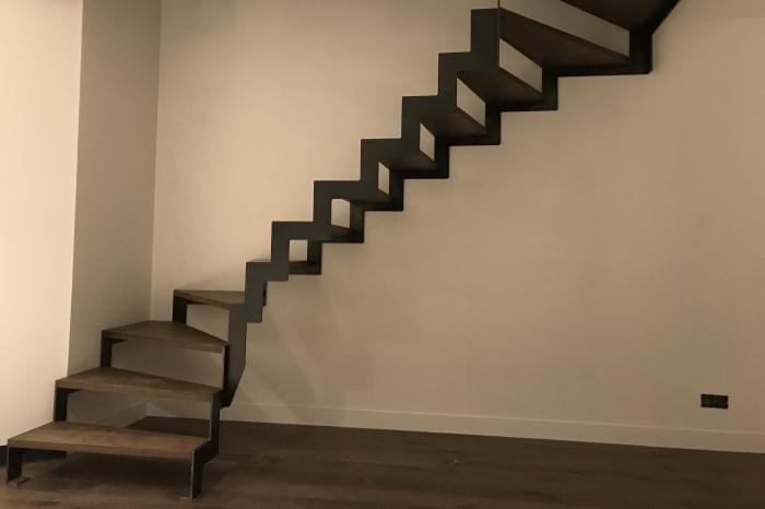 Escalier Bois et Acier sans contremarches JPBriand